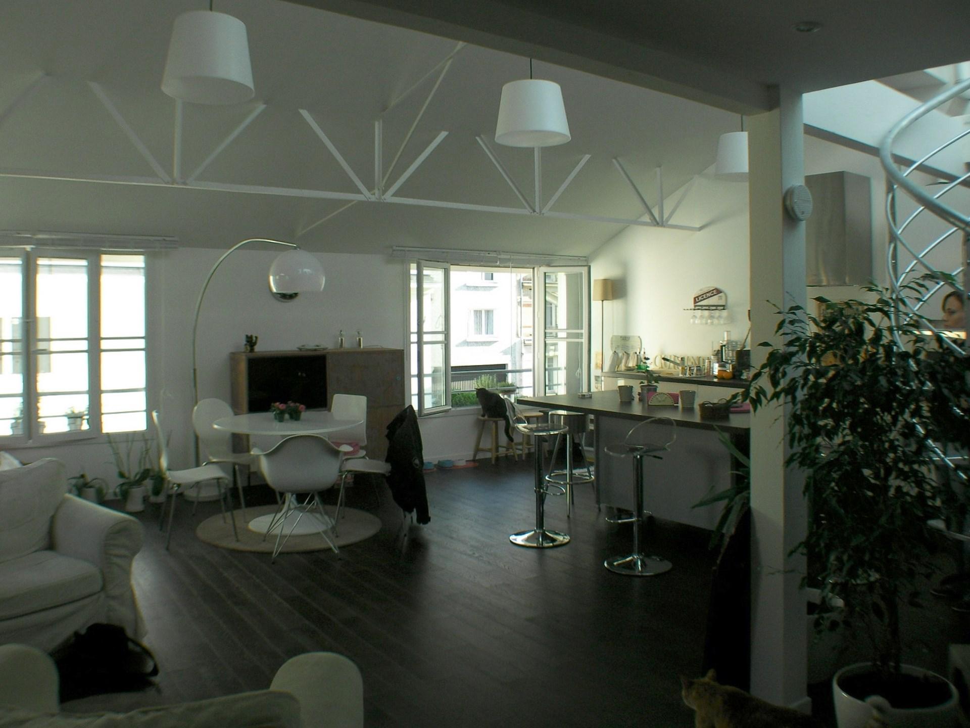 transformation ancien garage en loft courbevoie. Black Bedroom Furniture Sets. Home Design Ideas
