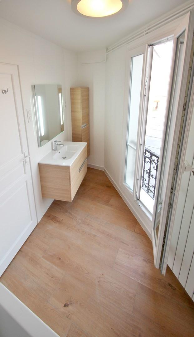 appartement familiale salle de bain mosaique baignoire meuble roca agence avous