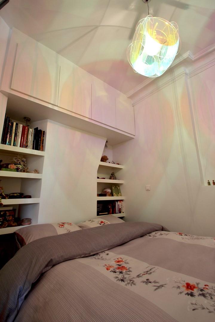 une chambre au milieu du salon architecture d 39 int rieur agence avous. Black Bedroom Furniture Sets. Home Design Ideas