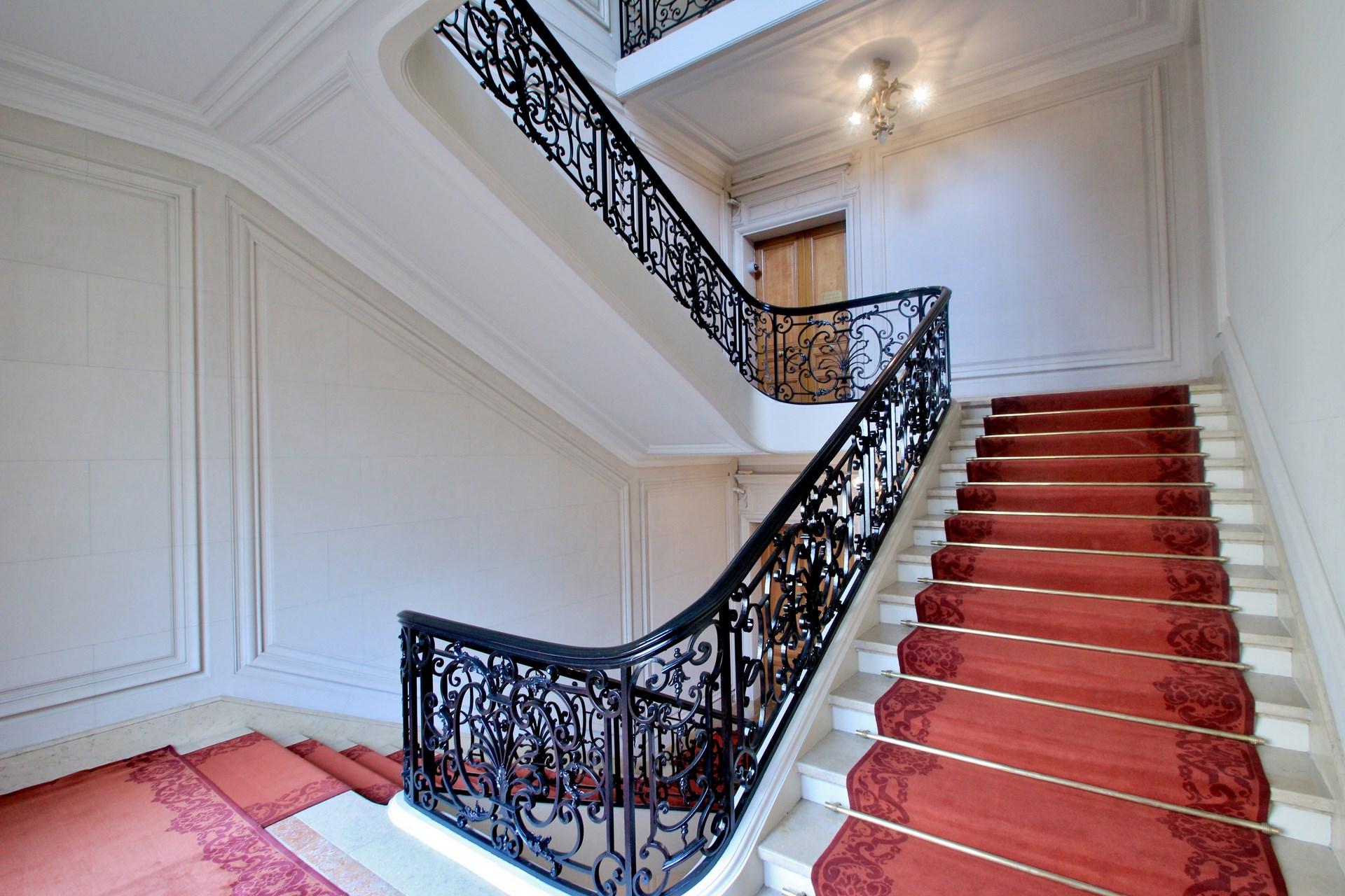 renovation ambassade prestige haut de gamme agence avous