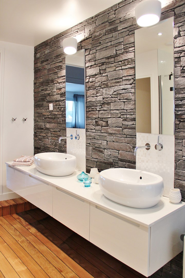 R novation zen maison typique ann es 70 agence architecte for Renovation mur salle de bain