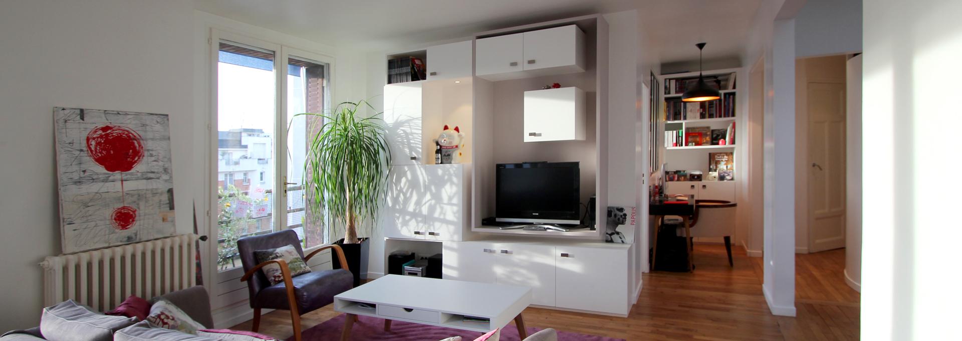 Cube chambre dans un salon avec meuble TV sur mesure Agence Avous
