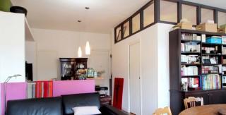 chambre au milieu du salon verriere canape cuir agence avous