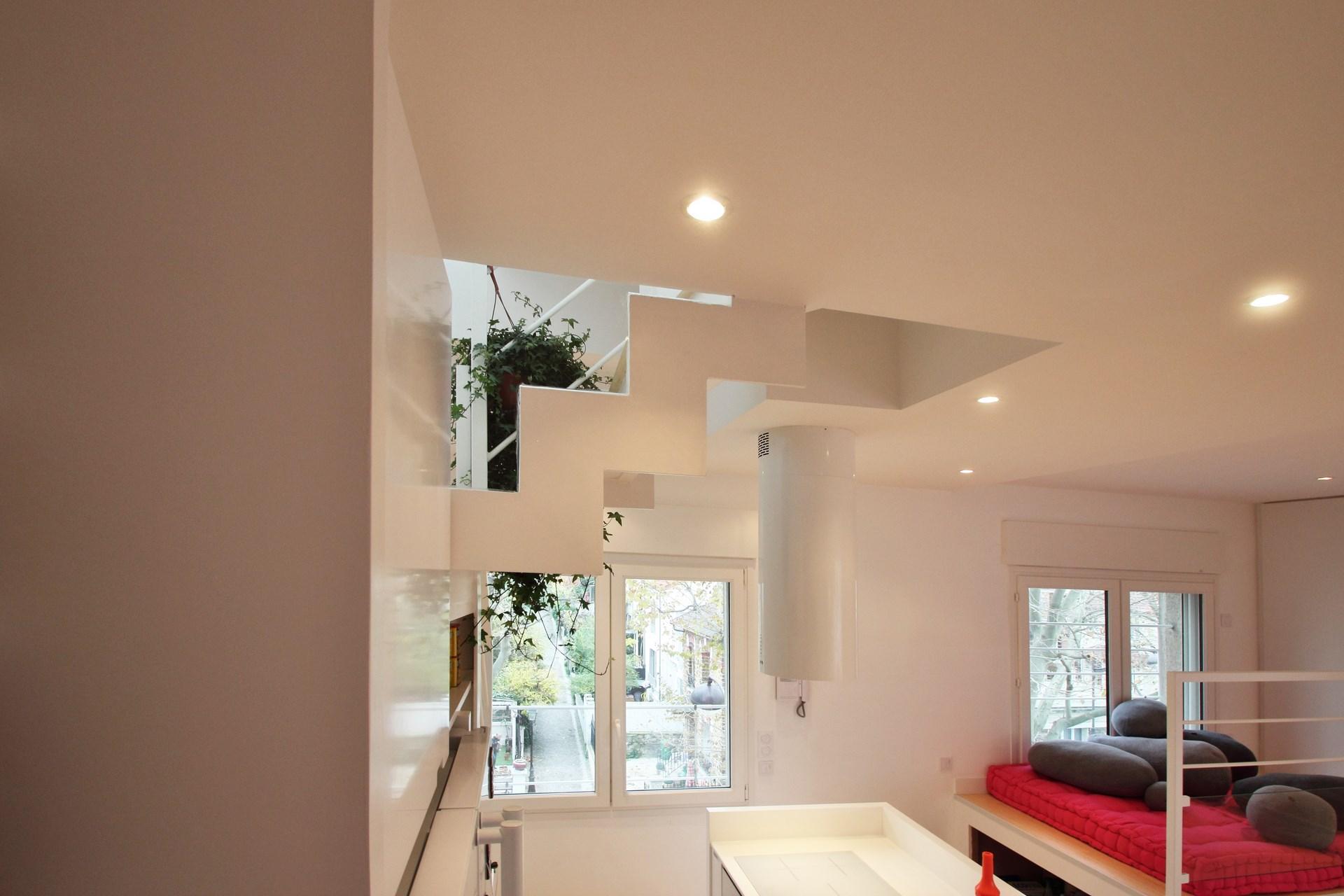 appartement avec terrasse escalier metal decoupe agence avous