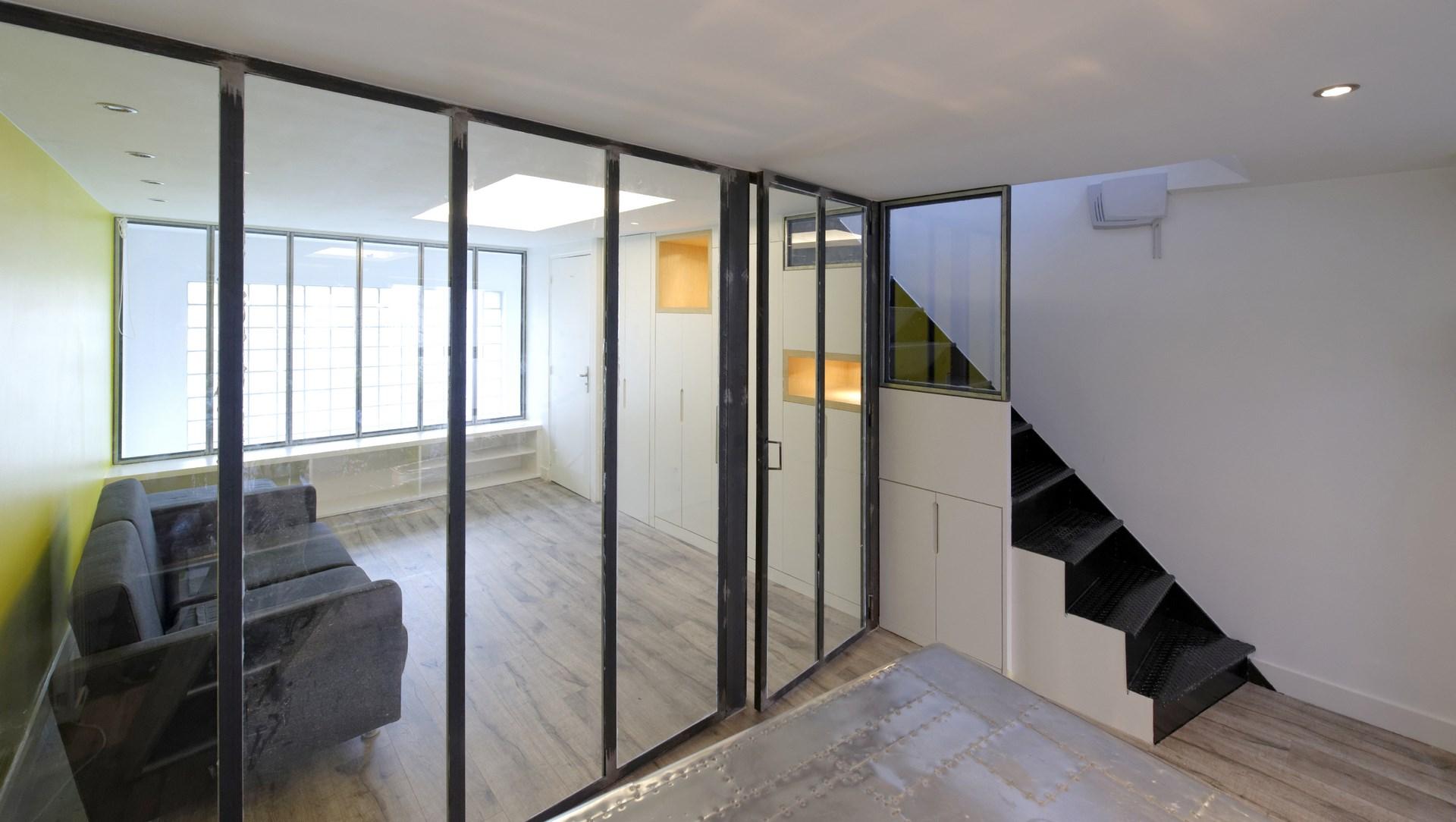 loft industriel escalier metallique agence avous