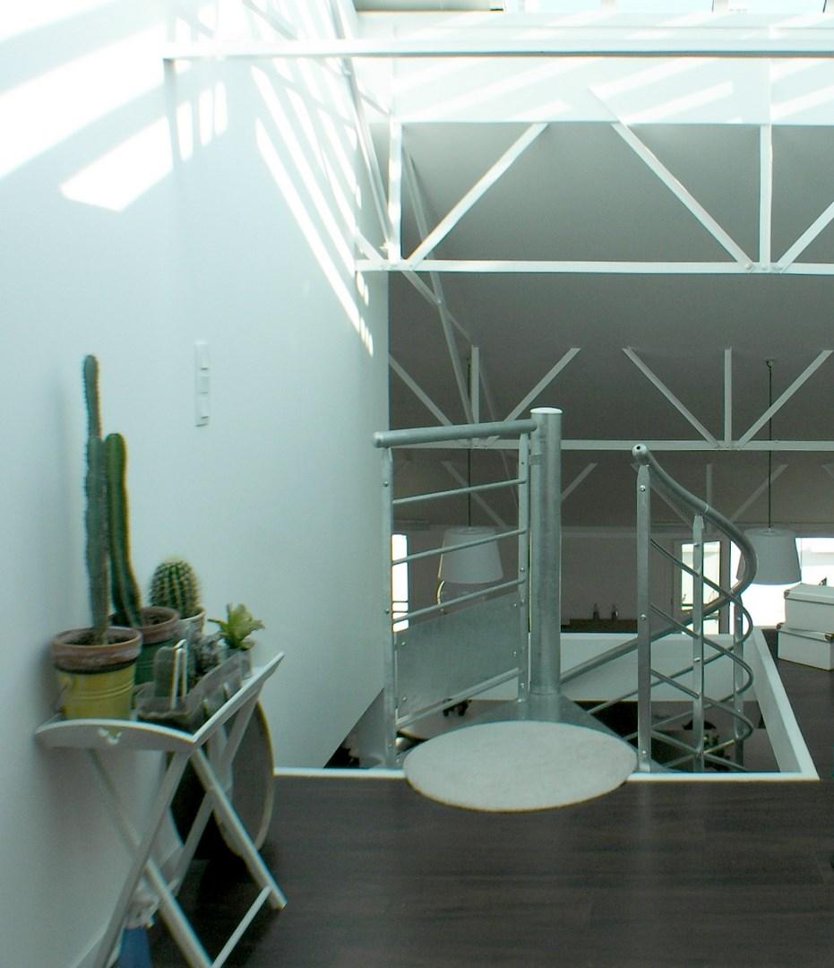 loft ancien garage industriel escalier agence avous
