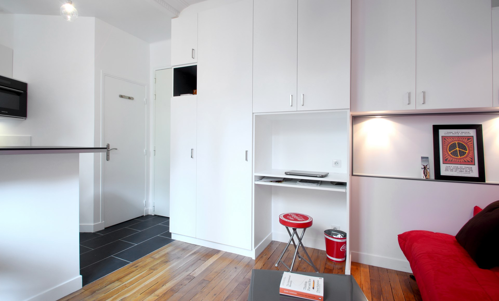 Optimisation studio 17 m2 buttes chaumont paris agence avous - Bureau de change paris 17 ...