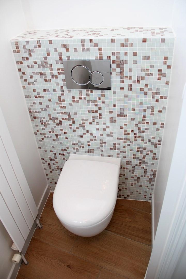 appartement familiale wc suspendu mosaique agence avous
