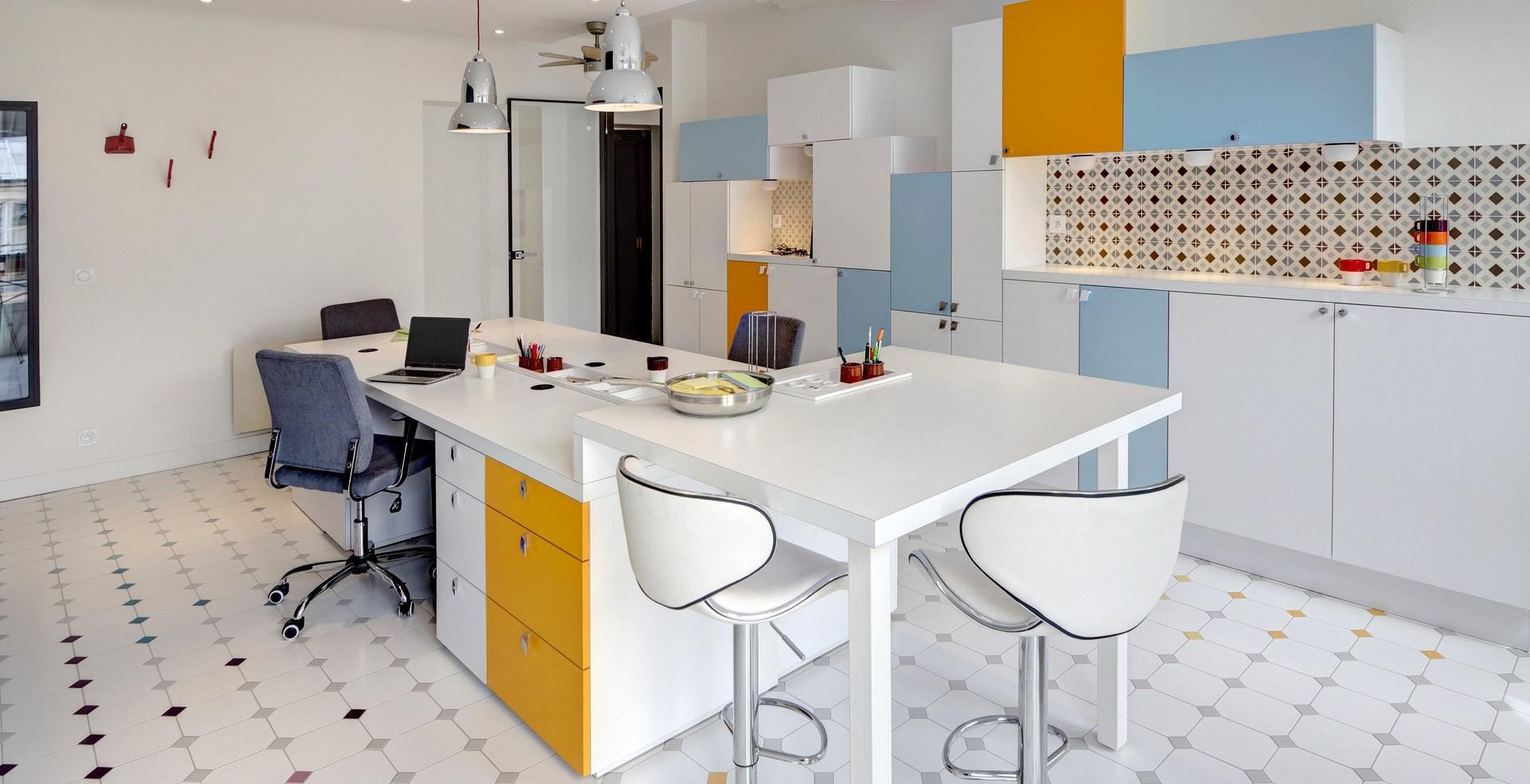 concept renovation bureau ambiance cuisine mobilier sur mesure agence avous