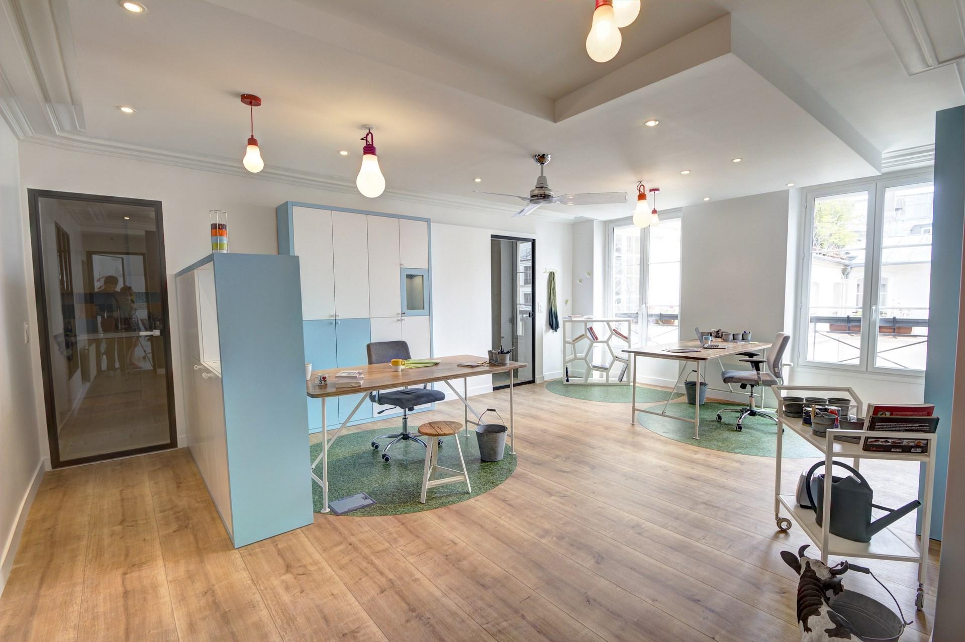 bureaux atypiques pour missions publiques sentier paris. Black Bedroom Furniture Sets. Home Design Ideas