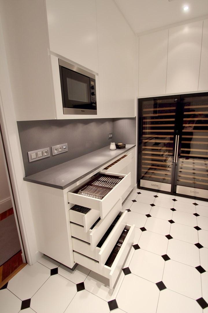 haussmannien marbre classique cabochon cuisine sur mesure agence avous