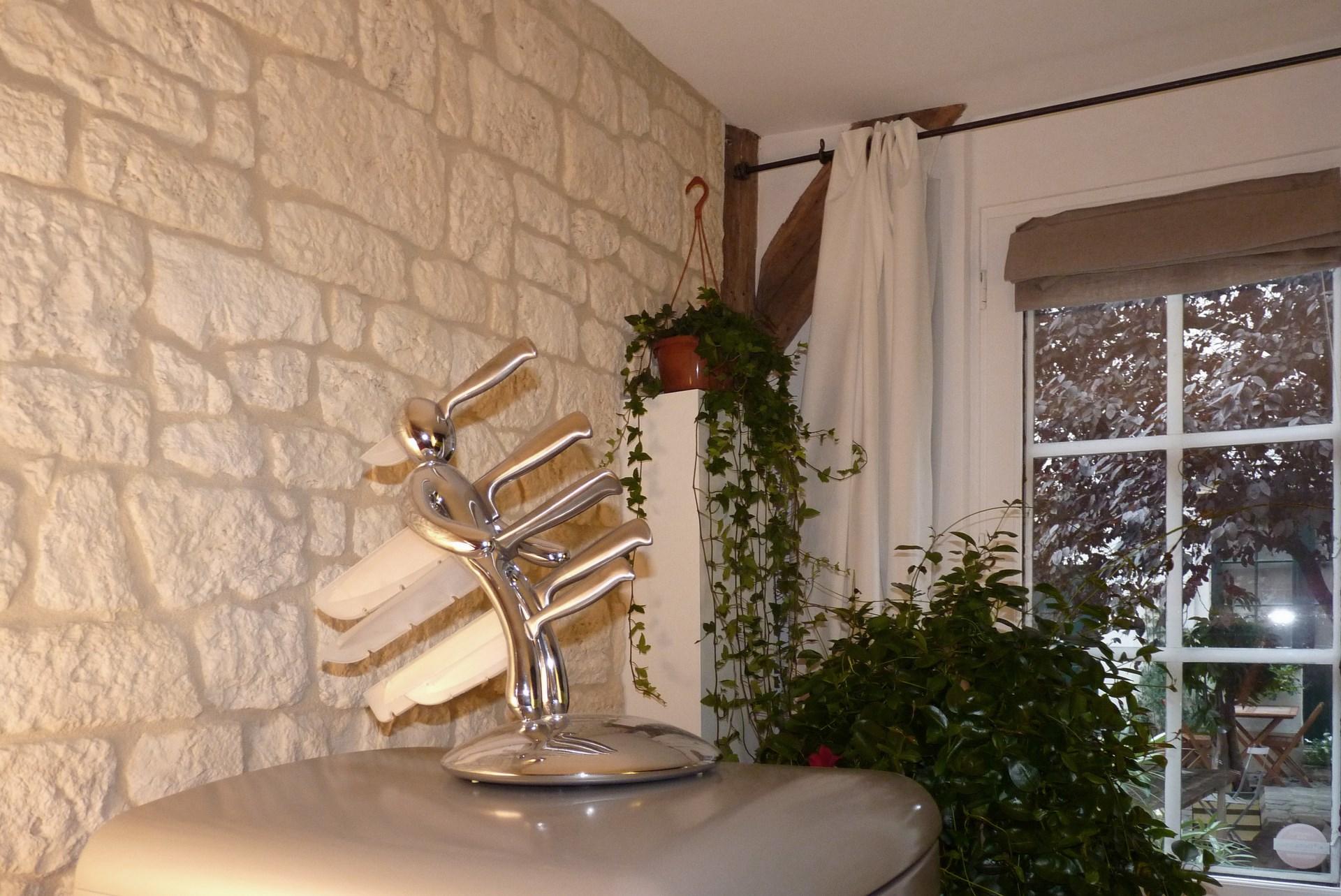 petits espaces studio ancien couvent decoration agence avous