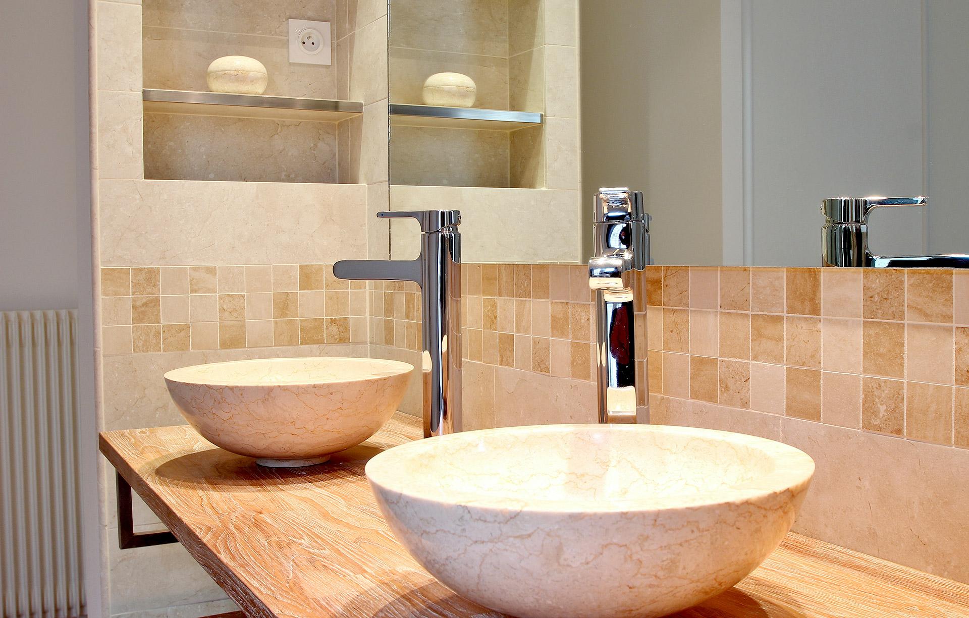 Chambre Ouverte Salle De Bain aménagement salle de bain ouverte vasque bois creusé et gré