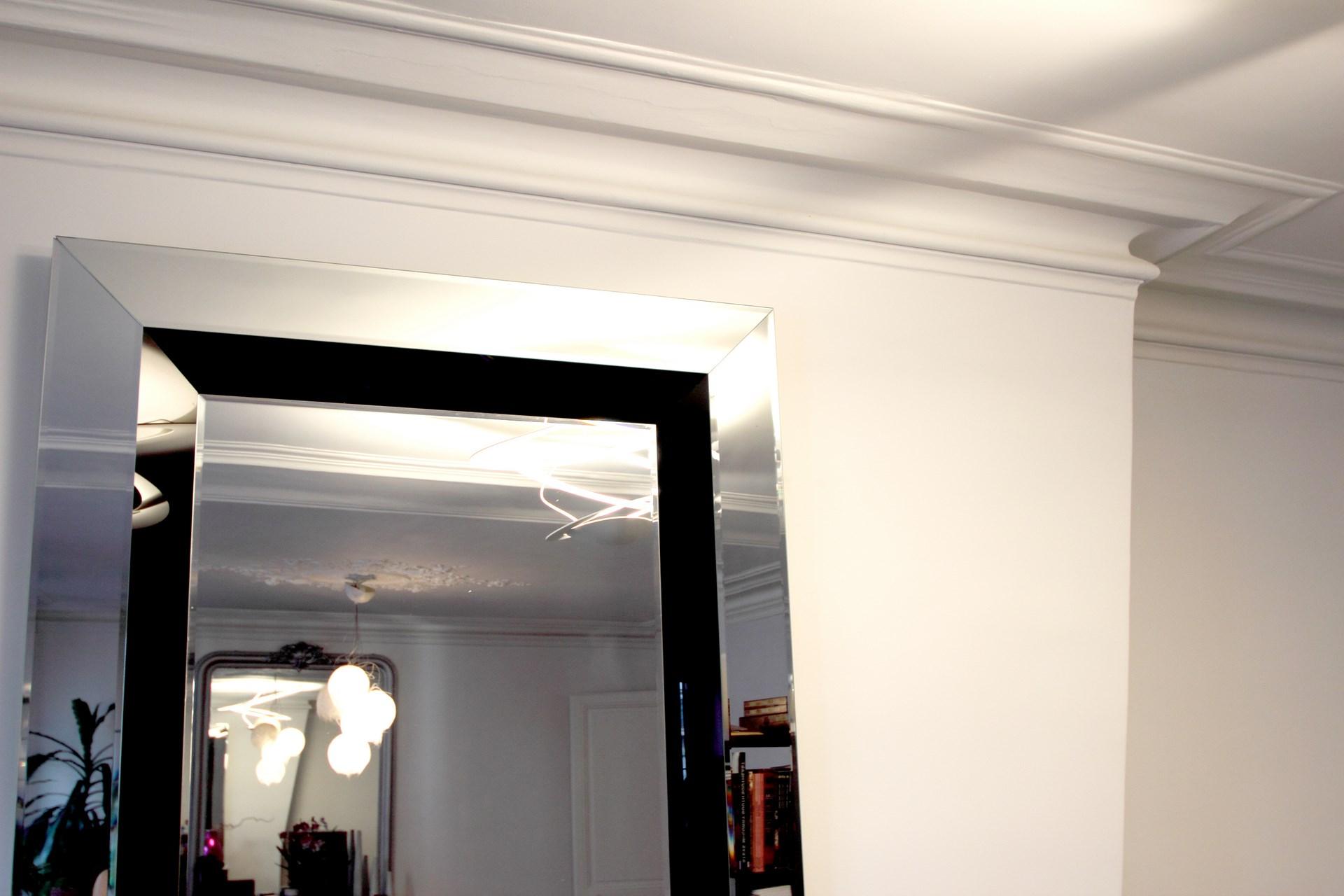 architecte paris republique renovation miroir jeu de lumiere agence avous