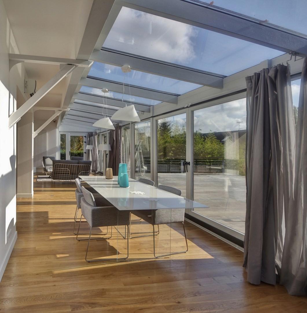 maison renovation luxe veranda boconcept parquet agence avous